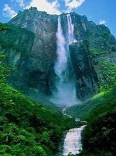 Angel Falls - Venezuela | Full Dose  Venezuela Travel  Para obtener información, acceda a nuestro sitio   https://storelatina.com/venezuela/travelling #венезуела #Venesúela #recipes #委內瑞拉