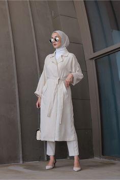 Street Hijab Fashion, Muslim Fashion, Modest Fashion, Classy Outfits, Trendy Outfits, Mode Outfits, Fashion Outfits, Hijab Fashionista, Casual Hijab Outfit