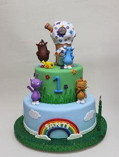 Cuddlis Cake by Violeta Glace