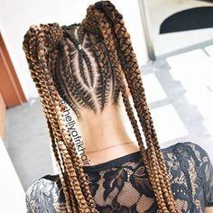 #afrikhair #braids #marcamosestilo #trenzas #trenzasmedellin #braiding #cornrows #bananabraids #peinadosafro #peloafro #culturaafro #amolastrenzas #trenzandoando #trenzando African Hairstyles, Girl Hairstyles, Braided Hairstyles, Cornrows, Pelo Afro, Quick Weave, Roller Set, Braided Ponytail, Perm