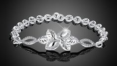 18K White Gold-Plated Alivia Bracelet Delicate, eye-catching and beautiful;adorn your wrist with the Alivia Bracelet      Made from 18K white gold-plated alloy      Chain link design, approx. 17cm in length      Crystal detailing for that special touch      Ideal as a gift or just a treat for your own jewellery collection      Sparkle and save with 80% off the18K White Gold Plated Alivia Bracelet BUY NOW for just GBP7.99