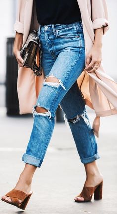 #fall #outfits Ripped Jeans // Camel Sandals // Pink Coat