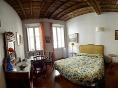 Wide and Elegant Apartment Located in Trastevere, near Vatican and Navona Square