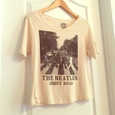 Beatles Vintage Band Tee Crop Top A super comfy soft, slightly cropped, vintage style Beatles graphic t-shirt. Worn only a couple times, in like new, perfect condition. Official The Beatles product, purchased from Urban Outfitters. Urban Outfitters Tops Crop Tops