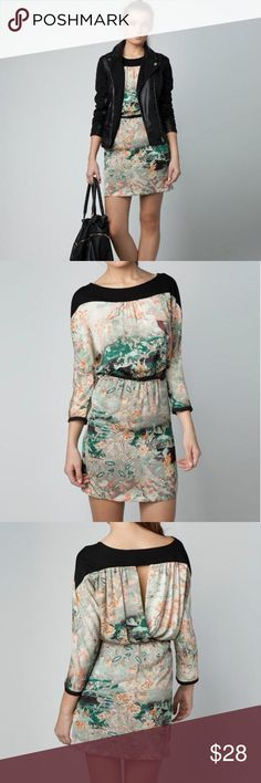 Zara Silky Asian Print 3/4 Sleeve Dress XS/S Inside tag has been cut. Beautiful Asian Japanese print silky satin material open sheer panels and open back. Very light and comfortable. No stains or tars. Has been cleaned and ready to wear. Zara Dresses