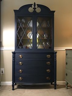 Lovely china cabinet painted in Midnight Blue Chalk Style Paint. New drawer pulls really popped against the blue. Inside was left in original finish. Blue Painted Furniture, Refurbished Furniture, Paint Furniture, Repurposed Furniture, Furniture Projects, Furniture Makeover, Furniture Decor, Space Furniture, Furniture Outlet