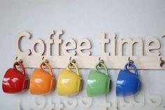 COFFEE TIME Wooden cups hanger kitchen decoration por Mwoodshop
