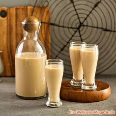 Homemade Baileys, Homemade Irish Cream, Baileys Irish Cream, Mason Jar Mixes, Whole30 Recipes Lunch, Irish Restaurants, Easy Whole 30 Recipes, Cream Liqueur, Christmas Food Gifts
