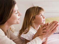 Como ensinar as crianças a rezar?