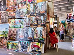 Visit some of the best places in Havana to buy arts and crafts, cigars, rum and many other kinds of souvenirs from your trip to Cuba.