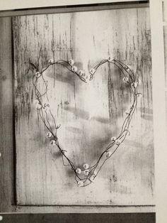 Hjerte af ståltråd og perler