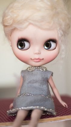 Grey felt skirt and top set for Blythe doll