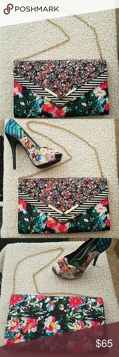 Aldo floral clutch Aldo Floral clutch . Like new condition. Only used once.   (Shown matching shoes have been sold) Aldo Bags Clutches & Wristlets