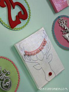 Deer Head with Antlers Free Printable & a peek at my Christmas Gallery Wall@NestofPosies