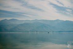 https://flic.kr/p/AU1xew   Haze over lake   Crossing the Kerkini lake on a hazy morning.