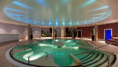 Rockliffe Hall Spa (Darlington, UK) - an absolutely gorgeous spa resort. Also has a championship golf course on site. A must for the husband and wife team who want to get away and relax. Hotel Swimming Pool, Amazing Swimming Pools, Luxury Pools, Luxury Spa, Spa Breaks, Spa Hotel, Best Spa, Historic Homes, Spa Day