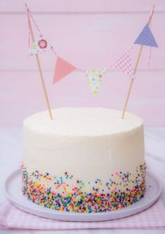 Baby Food Design Simple Super Ideas – Sweet World Ideas Cake Decorating For Kids, Birthday Cake Decorating, Food Design, Gateau Baby Shower, Fiesta Cake, Hazelnut Cake, Baby Food Recipes, Food Baby, Birthday Cupcakes