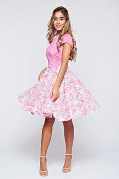 Comanda online, Rochie StarShinerS rosa de ocazie in clos cu aplicatii florale. Articole masurate, calitate garantata!