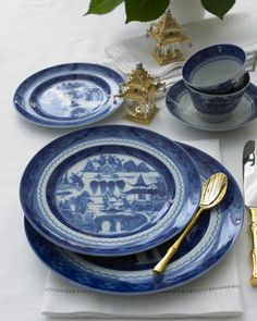 Mottahedeh - Blue Canton Dinnerware  My fine china... Love it!