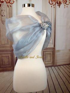 Organza Shawl Grey Shrug Silver Organza Bridal Stole With Rhinestone Brooch  Closure Gray Wedding Shawl Shoulder Wrap Caplet Prom 79f43c70290a
