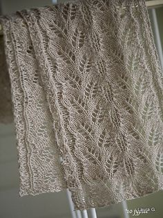 Haruha Scarf. Free downlaod from Ravelry at http://www.ravelry.com/patterns/library/haruha-scarf