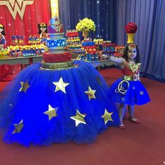 Fiesta renata Wonder Woman Cake, Wonder Woman Birthday, Wonder Woman Party, Birthday Woman, Women Birthday, Girl Superhero Party, 5th Birthday Party Ideas, Disney Princess Birthday, Childrens Party