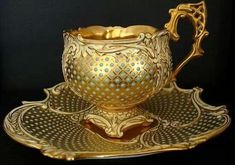 Tea Cup Set, My Cup Of Tea, Tea Cup Saucer, Tea Sets, Tassen Design, Cuppa Tea, Teapots And Cups, Vintage Cups, China Tea Cups