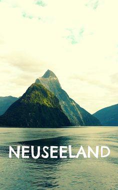 Milford Sound im Fjordland National Park Neuseelands – eine der größten Touristenattraktionen der Südinsel und unbedingt einen Abstecher wert!