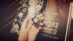 Podesłała Justyna Piętka #zniszcztendziennikwszedzie #zniszcztendziennik #kerismith #wreckthisjournal #book #ksiazka #KreatywnaDestrukcja #DIY