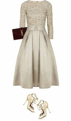23 Mind Blowing Silvester Outfit Ideen - 23 Mind Blowing Silvester Outfit Ideen Source by petramodeinfo - Mode Apostolic, Pretty Dresses, Beautiful Dresses, Gorgeous Dress, Silvester Outfit, New Years Eve Outfits, Evening Dresses, Formal Dresses, Mode Chic
