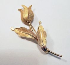 Vintage Van Dell Tulip Flower Pin 12k Gold by GretelsTreasures