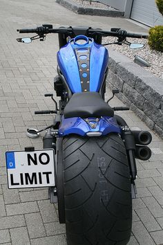 No-Limit-Custom Blue Velvet V-Rod - Motorrad Gp Moto, Moto Bike, Motorcycle Bike, Harley V Rod, Harley Bikes, Bobber Bikes, Cool Motorcycles, Custom Street Bikes, Custom Bikes