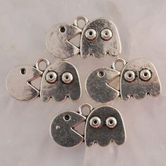 1 Pac-Man Gamer Charms Tibetan Silver 20 x 13 by FindingsKeepers