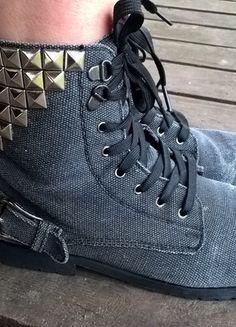 Kup mój przedmiot na #vintedpl http://www.vinted.pl/damskie-obuwie/kozaki/11620738-szare-workery-rozmiar-39