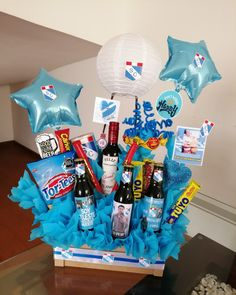 Birthday Gifts For Boyfriend Diy, Bff Birthday Gift, Boyfriend Gifts, Candy Bouquet Diy, Diy Bouquet, Balloon Box, Preschool Coloring Pages, Alcohol Gifts, Balloon Decorations Party