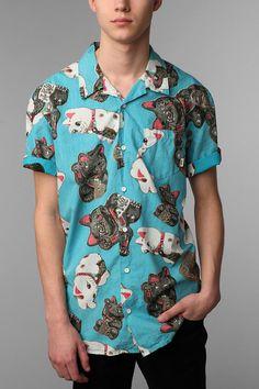 Great shirt by Vans with a lot of Maneki Neko on it
