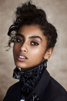 Imaan Hammam Fronts 'Moorish Delight' By Patrick Demarchelier For Vogue Arabia April 2017 — Anne of Carversville Curly Hair With Bangs, Hairstyles With Bangs, Curly Hair Styles, Natural Hair Styles, Vogue Uk, Mixed Race Models, Mixed Race Celebrities, Patrick Demarchelier, How To Style Bangs