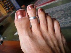 Men Nail Polish, Toe Polish, Mens Nails, Painted Toe Nails, Male Grooming, Male Feet, Gay Men, Toenails, Toe Rings