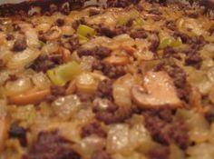 Chinese-Style Hamburger Casserole - *Chow Mein Hot Dish* – my family liked it…I left out the onion and used extra celery, I think ne - Hamburger Casserole, Hamburger Recipes, Beef Recipes, Cooking Recipes, Kraft Recipes, Chicken Casserole, Hamburger Dishes, Hamburger Helper, Chicken Recipes