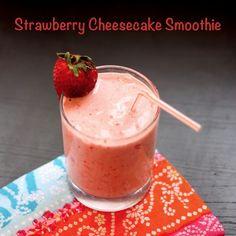Strawberry Cheesecake Smoothie | cupcakesandkalechips.com | #strawberries #glutenfree