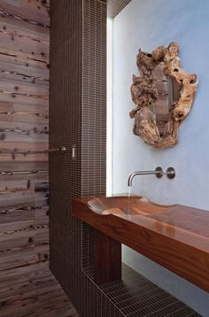 Powder Room; Venice House by Minarc; Venice, CA; photo by Art Gray