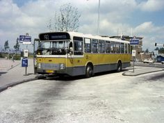 ENHABO, Landsmeer bus 308 van lijn 92 van Zaandam naar Amsterdam