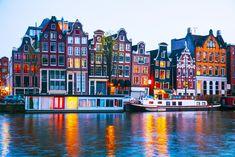 Saiba onde ir na capital holandesa: boa vida à beira dos canais de Amesterdão, no centro da cidade dos pecados.