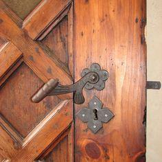 Detail of door handle, Malbork Castle, Malbork, Poland. Malbork Castle, Medieval World, Prussia, Poland, Door Handles, Battle, Germany, Europe, Detail