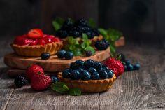 Fresh homemade berrie tarts by Roxiller