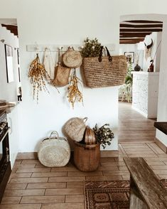 Boho Home Decor - Cassiopeia Home And Deco, Inspired Homes, Home Decor Inspiration, Decor Ideas, My Dream Home, Home Remodeling, Living Room Decor, Diy Home Decor, Sweet Home
