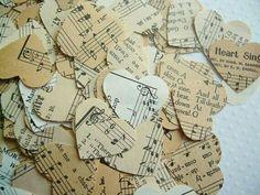 Musical notes confetti