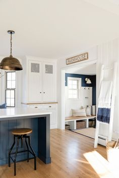 Blue and white kitchen in a cozy cottage