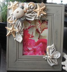 Gorgeous seashell picture frame