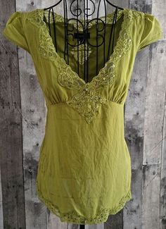 bebe Blouse Top Camisole Rhinestone Sequin Lace Silk Blend Small Yellow Green…